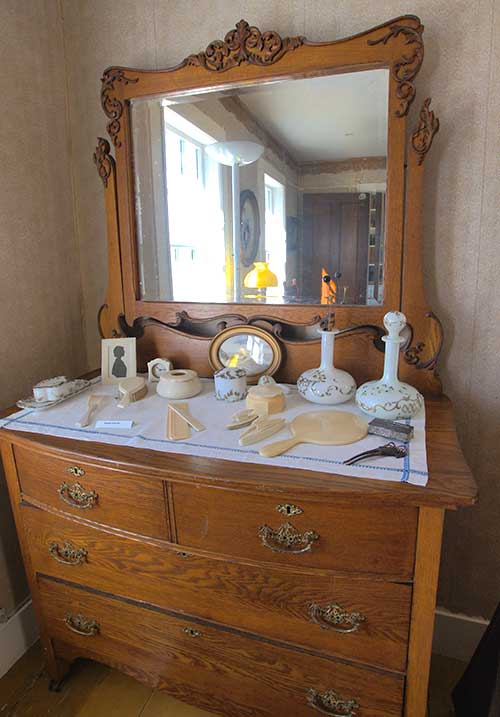 Charles and Pearl's bedroom dresser